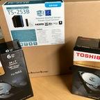Es wird Ernst: TS-253B Testgerät mit 2x6TB N300 eingetroffen...